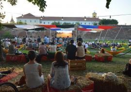 O vară ca-n filme: Orădenii, invitaţi să vizioneze filme în aer liber şi concerte spumoase!
