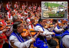 Festival cu flori şi viori: Carnavalul florilor îi aduce în premieră la Oradea pe cei 100 de muzicieni ai Orchestrei Ţigăneşti din Budapesta