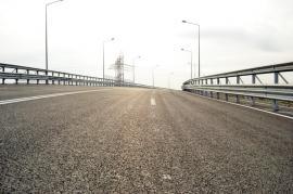 Bolojan: Lucrările la pasajul peste giraţia din dreptul Pieţei 100 vor începe cel târziu în septembrie