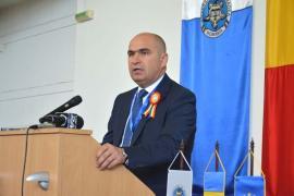 Refuz la vacanţă: De ce au respins o parte din angajații Primăriei Oradea primele de vacanță