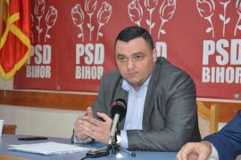 Prosperitate în familie: Şeful grupului de consilieri locali ai PSD, Liviu Sabău Popa, trăieşte bine din banii publici