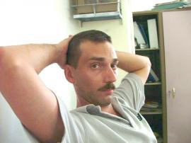 Tare-n clonţ: În loc să repare site-ul Primăriei Beiuş, se ia la harţă cu contribuabilii