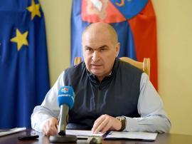Retrospectiva săptămânii prin ochii lui Bihorel: Bolojan vrea să bage mai mulţi maghiari în Parlament decât UDMR-ul