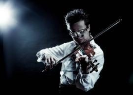 Concert pentru vioară susţinut de însuşi compozitorul Roman Kim, pe scena Filarmonicii din Oradea