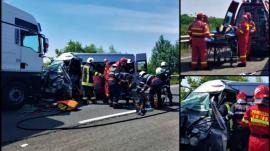 Accident cu 5 victime pe DN 19, lângă Carei: Răniții erau într-un microbuz din Bihor, lovit frontal de un TIR (FOTO / VIDEO)