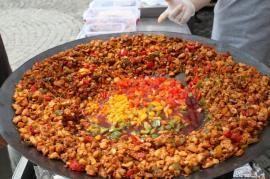 Unde ieșim săptămâna asta: petreceri, ateliere de gătit sănătos, tabără de vară și Anatolian Food Fest Oradea
