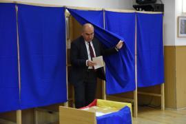 """Primarul Ilie Bolojan, după ce-a votat: """"Respectul pentru ţară îl manifeşti şi prezentându-te la vot. Eu am votat pentru o Românie europeană"""" (FOTO / VIDEO)"""