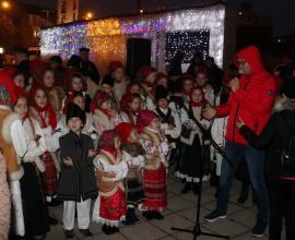 """Compania de Apă Oradea: """"Bucuria este adevaratul dar al Crăciunului"""" (FOTO)"""