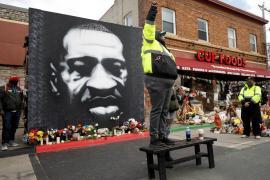 #BlackLivesMatter: Fostul polițist Derek Chauvin, găsit vinovat de crimă în cazul uciderii lui George Floyd (VIDEO)
