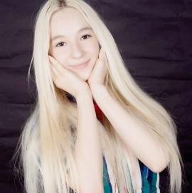Are doar 16 ani, dar a fost admisă la facultate cu nota 10! O elevă din Oradea, cea mai bună la un prestigios concurs de fizică