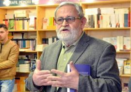 Polemica din redacţia Familia se ascute: Directorul Ioan Moldovan cere demisia redactorului Ion Simuţ, după ce acesta a criticat inerţia revistelor literare