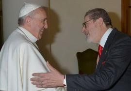 Papa Francisc se vaccinează anti-Covid. Doctorul său personala murit din cauza complicațiilor provocate de virus