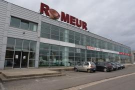 Ultima strigare! Magazinul de mobilier Romeur Home Concept începe săptămâna finală a marii lichidării de stocuri, cu reduceri de preţuri de până la 70%