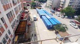 Condiţii de şantier. Unitatea de Primiri Urgenţe din Oradea se mută în containere modulare (FOTO)