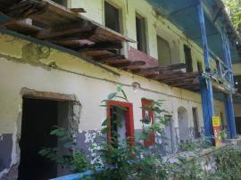 După un secol de la construire şi peste două decenii de la abandonare, Cabana Vadu Crişului va fi restaurată