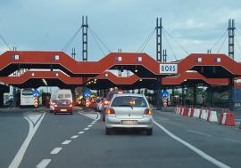 Şoferiţă de Audi, prinsă cu permis de conducere fals, în vama Borş! Ce le-a spus bihoreanca poliţiştilor