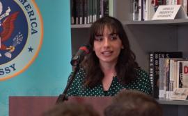 'Nu corupţiei!': O orădeancă, studentă la Cluj, este câştigătoarea unui concurs de discursuri organizat de Ambasada SUA (FOTO)