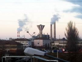 Nu e fum! Aburii de la furnalele CET-ului au îngrijorat orădenii