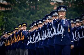 Decizie istorică: Ministerul Educaţiei închide fabricile de plagiatori ale Academiei de Poliţie