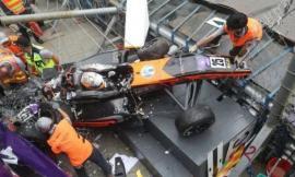 Accident teribil, în Formula 3: Mai mulţi răniţi, după ce o tânără pilot a pierdut controlul la peste 200 km/h şi a decolat de pe pistă (VIDEO)
