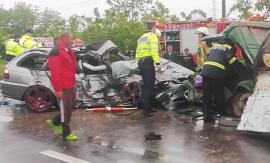 Accident cu 5 victime pe DN 1, în Tileagd, între un BMW și o autoutilitară. Un bărbat a murit, traficul a fost blocat (FOTO / VIDEO)