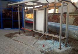 Autogara Decebal, vandalizată înainte să fie inaugurată