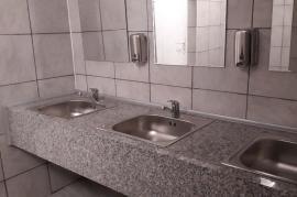ADP Oradea: A fost deschisă toaleta publică de la Gară (FOTO)