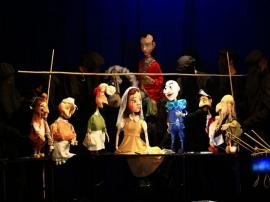 Teatrul Arcadia va publica pe pagina de Facebook spectacolul 'Albă ca Zăpada'