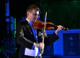 Alexandru Tomescu cântă cu vioara Stradivarius Elder -Voicu, la Oradea