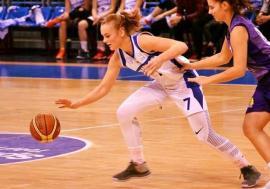 Tânăra baschetbalistă orădeană Anisia Croitoru, convocată la lotul naţional U15