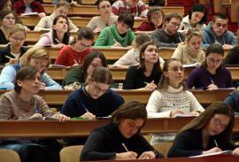 ANOSR: Încă un debut de an fără ministru, încă un an într-un sistem educațional fără direcție