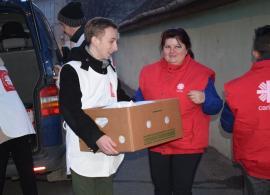 Aveți nevoie de ajutor la cumpărături? Voluntarii de la Caritas Catolica sprijină persoanele vârstnice în timpul stării de urgență