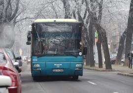 OTL: Circulația pe traseul liniei 12 s-a reluat pe strada Costaforu