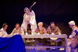 Spectacolul 'Avalanşa' al Teatrului Regina Maria a fost selectat la Festivalul Naţional de Teatru