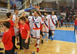 Baschetbaliştii de la CSM CSU Oradea debutează, sâmbătă, la Craiova în faza a doua a Ligii Naţionale