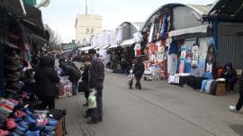 Bazarurile din piețele din Oradea își suspendă activitatea