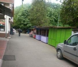 Bazarul din centrul Felixului blochează accesul pompierilor spre centrul staţiunii (FOTO)