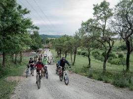 Provocare: Bihorenii sunt chemaţi la o tură de cicloturism pe un traseu de 40 de kilometri în Pădurea Craiului