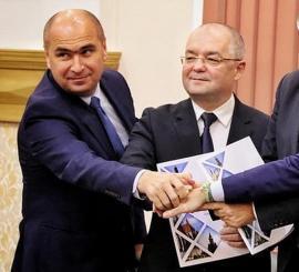 """Emil Boc, supărat pe cei care au spus că bugetul Oradiei e mai mare decât al Clujului. """"Comparați mere cu pere!"""""""