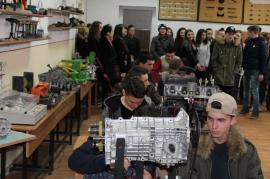 Se caută elevi pentru şcolile profesionale: Caravană prin Bihor pentru promovarea ofertei viitorului an şcolar