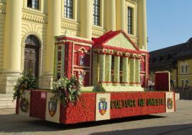 Parada carelor alegorice, AZI, la Oradea. Vezi programul!