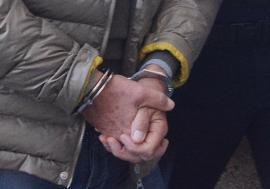 Autorităţile din Belgia cer extrădarea unui orădean acuzat de înşelăciune. Bărbatul a fost plasat sub control judiciar