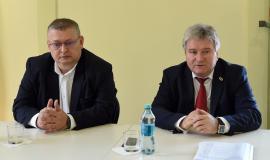 La aceeaşi masă: Şefii executivi şi legislativi ai Universităţii din Oradea, reuniţi într-un consiliu strategic