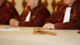 Decizie la Curtea Constituţională: Controversatele modificări la codurile penale sunt neconstituţionale!