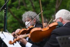Noua stagiune a Filarmonicii din Oradea, incertă. Primele concerte ar putea avea loc tot în curtea Palatului Baroc