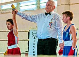 Pugiliştii orădeni de la Gym Mar Strong au câştigat şase meciuri la 'Centura Transilvaniei'(FOTO)