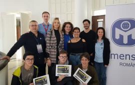 """Jocurile inteligenţei: Mensa a organizat o olimpiadă """"altfel"""" pentru liceenii din Oradea"""