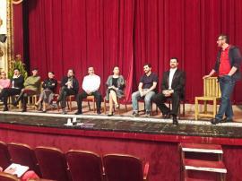 """Orădenii sunt invitaţi la comedia satirică """"...Escu"""", la Teatrul Regina Maria (VIDEO)"""