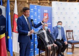 'Bam, bam, bam': Costel Alexe, PNL-istul acuzat că a luat şpagă, s-a chinuit cu limba engleză la ședința de CJ Iași (VIDEO)