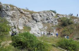 Tunelul groazei: Primăria Sânmartin a vrut să facă tunel în craterul de la Betfia